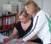 Im Büro bei der Hauskrankenpflege Schwester Gabi